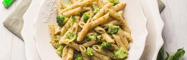 Macarrão-com-brócolis-veg10