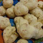 Terceira receita do Desafio do Pão de Queijo Vegano, que leva mandioquinha e linhaça dourada